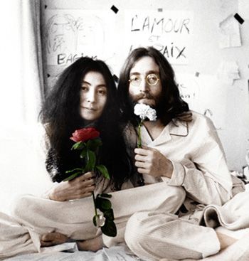 john-yoko-Bed-In-1969 rose blanche