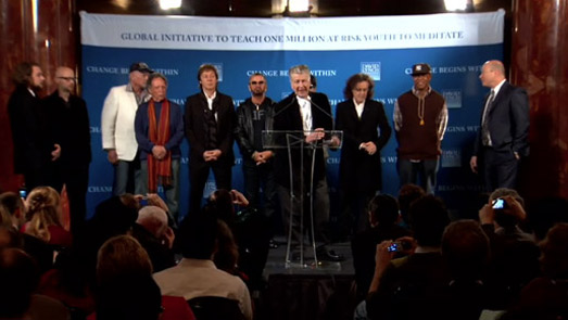 Paul McCartney, Ringo Starr, Mike Love, Donovan, Moby, Russel Simmons et David Lynch